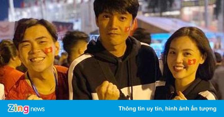 Minh Dự, Quang Tuấn đến sân Mỹ Đình cổ vũ tuyển Việt Nam