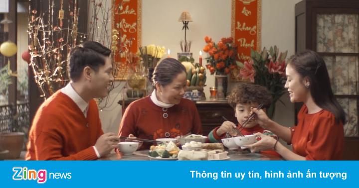 Hà Anh Tuấn ra phim ngắn đầy cảm xúc về mẹ trước thềm năm mới