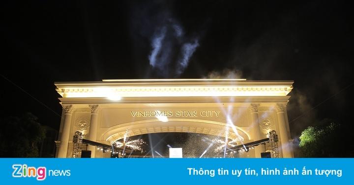 Vinhomes Star City rực rỡ trong đêm khai trương quảng trường Ánh sáng