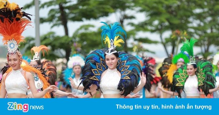 Nhiều hoạt động hút khách du lịch đến Hạ Long dịp nghỉ lễ