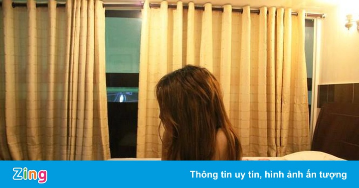 """Thuê gái trẻ đóng """"phim sex"""", 5 người Trung Quốc bị bắt"""