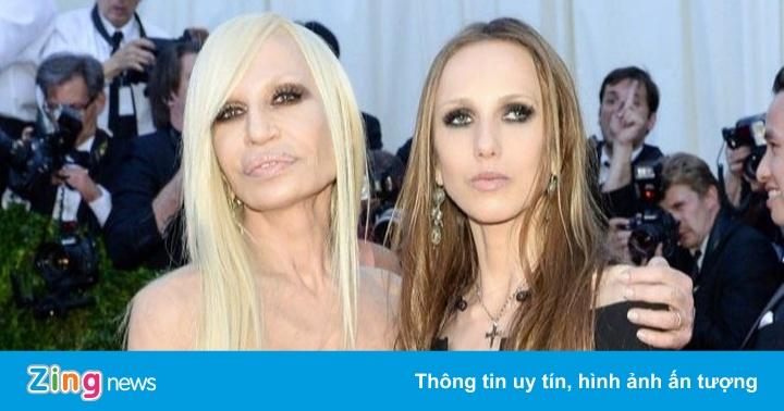 Ái nữ thừa kế hãng Versace ghét thời trang, gầy trơ xương vì biếng ăn