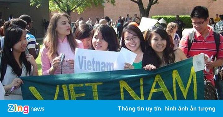 Bộ GD&ĐT sẽ đề xuất chuyến bay đưa sinh viên Việt tại Mỹ về nước