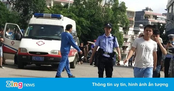 Đâm dao tại trường tiểu học Trung Quốc, 40 người bị thương