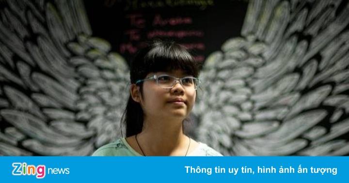 Nữ sinh gốc Việt 13 tuổi học 2 chuyên ngành đại học